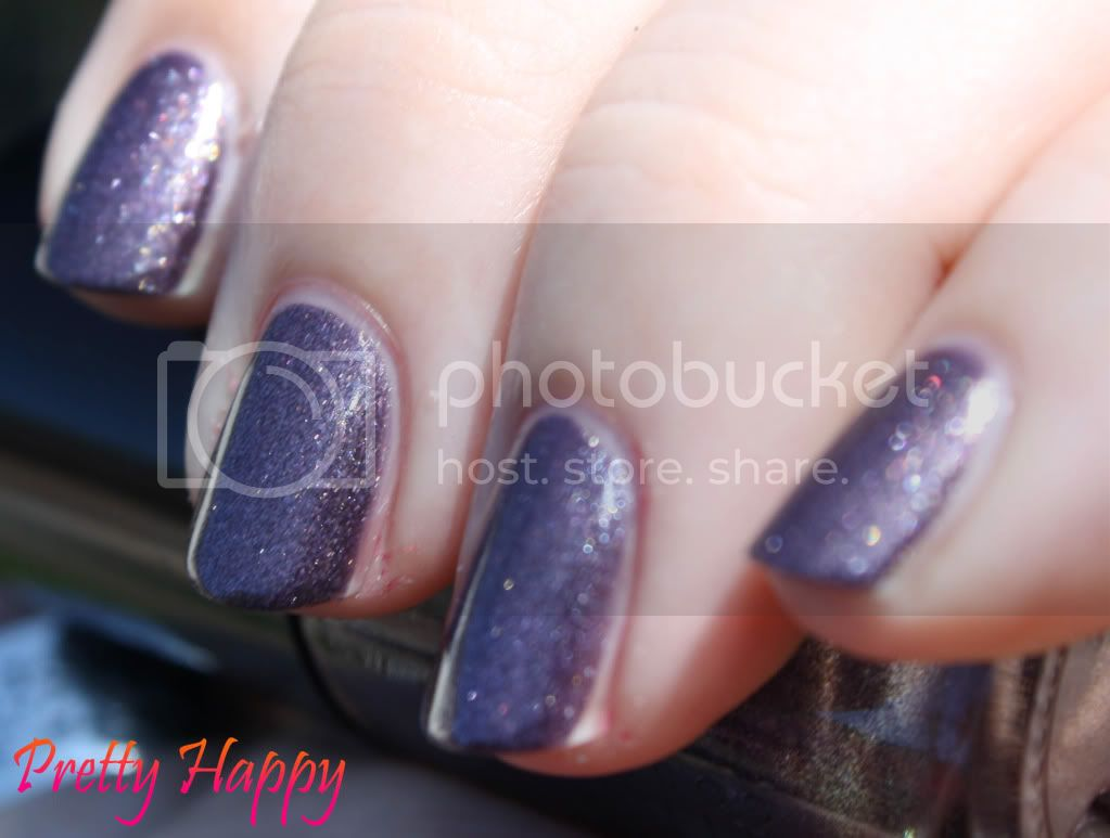 Catrice Purplelized swatch